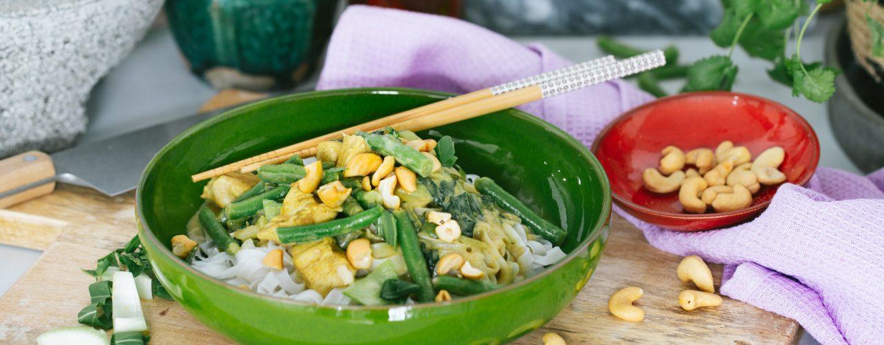Schnelles grünes Curry zubereiten